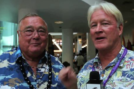 Hawaiian Vintage Surf Auction 2011 – Randy Rarick on Greg Noll